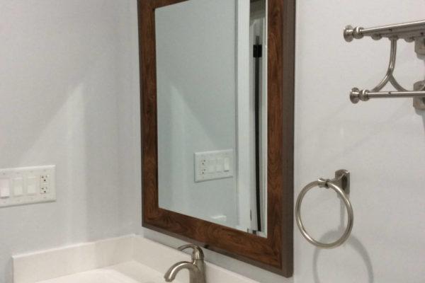 10 AMRON Bathroom BH