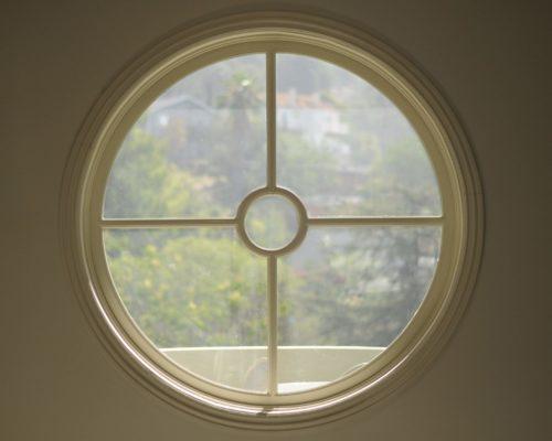 26 Circular window AMRON