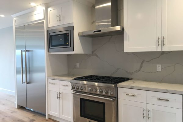 60 design build kitchen © amronconstruction.com