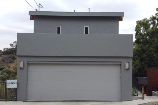 10 Exterior paint © amronconstruction.com